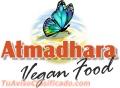 Tienes que probar nuestros deliciosos tamales en Atmadhara VeganFood